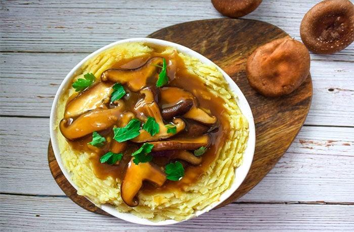 Savory Shiitake Gravy