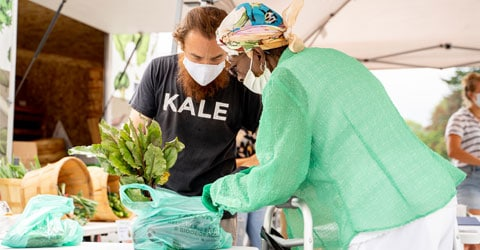 Rodale Institute Brings Organic Food to Mobile Farmers Market